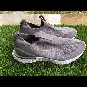 Women's Nike Phantom Epic React Flyknit Shoes 9.5